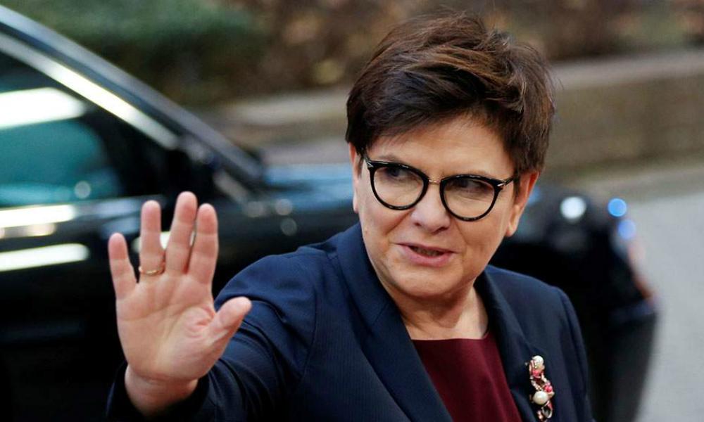 Премьер-министр Польши попала в серьезную аварию в Освенциме