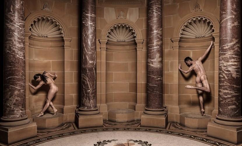 Уникальное шоу с голыми танцорами для полностью обнаженных зрителей состоялось в Австралии