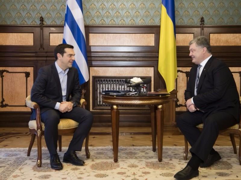 Коммунисты Греции осудили приехавшего на Украину и поддержавшего санкции против РФ Ципраса