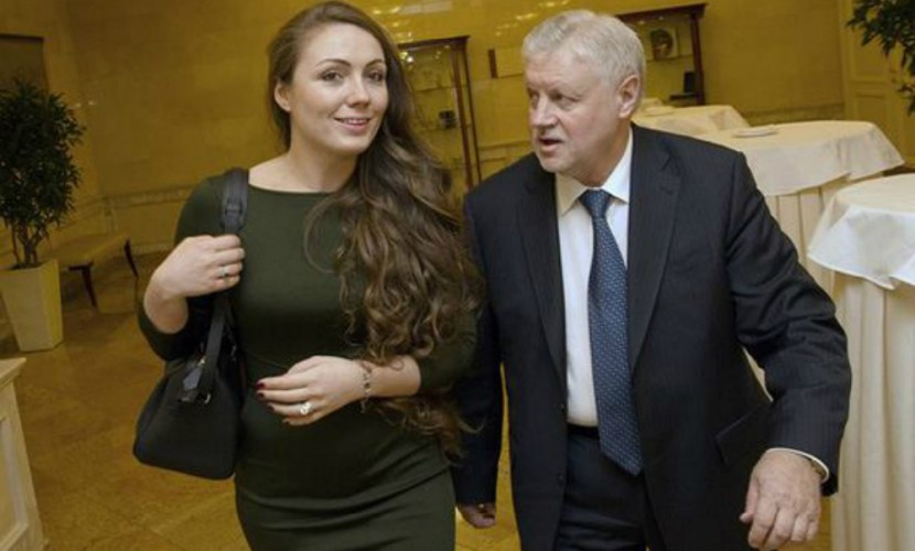 Самой молодой первой леди России может стать жена Сергея Миронова