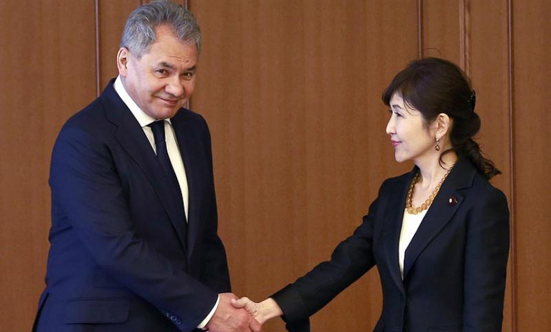Шойгу заявил о готовности России восстанавливать военные связи с Японией