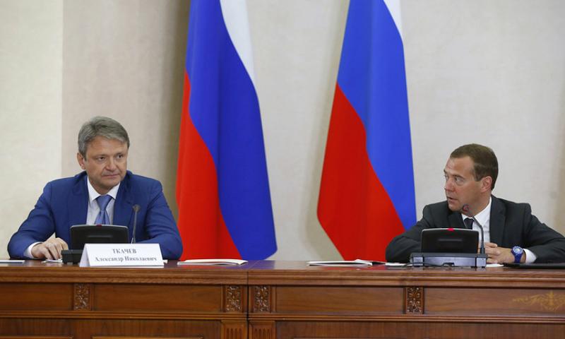 Медведев отчитал министра сельского хозяйства на заседании правительства