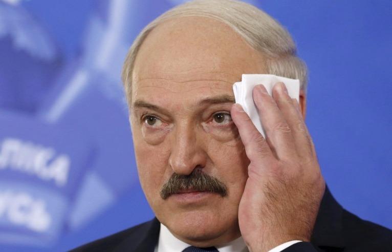 Не желающий «ползать на коленях» Лукашенко потребовал изобрести новый источник энергии