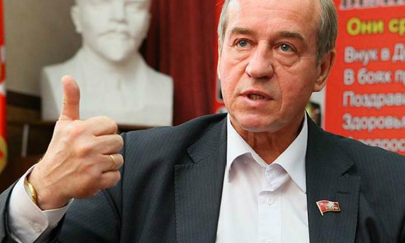 Сергей Левченко призвал возродить советскую пропаганду для родителей