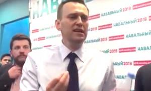 Союз журналистов России призвал Навального к извинениям за оскорбление сотрудниц «Блокнота»