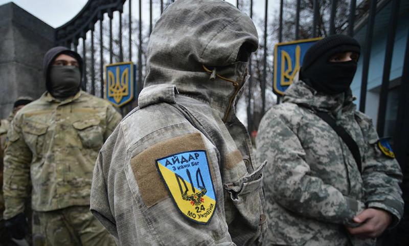 Бойцы батальона «Айдар» взяли в заложники политических активистов в Ровенской области