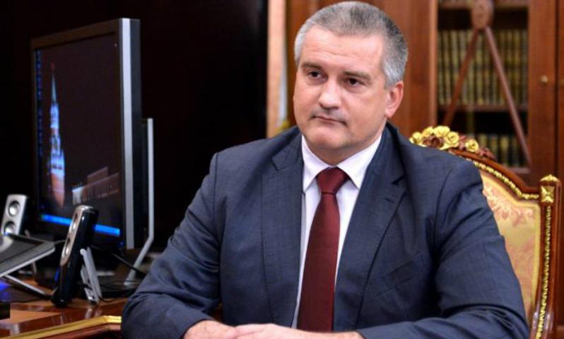 Аксенов посоветовал украинским политологам не «возбуждать» себя фантазиями о возвращении Крыма