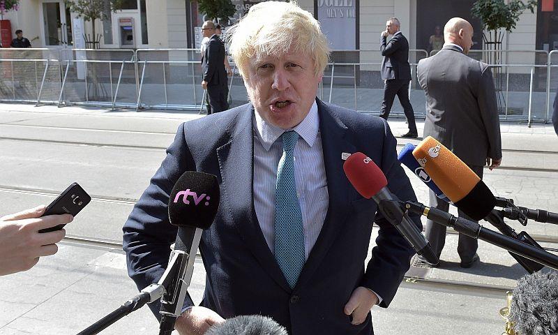 Министр иностранных дел Великобритании Джонсон отменил свой мартовский визит в Россию