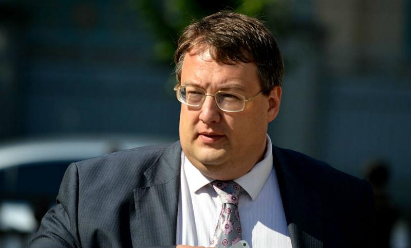 Советник главы МВД Украины предложил пустить Юлию Самойлову в Киев, чтобы наказать за концерт в Крыму