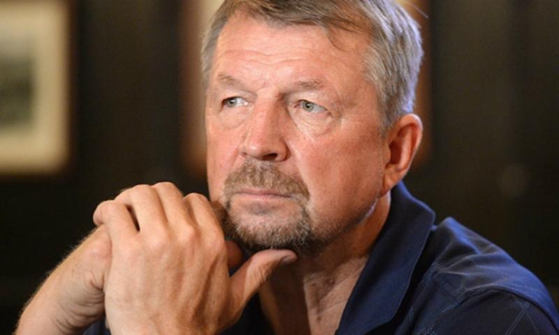 Известный советский хоккеист Сергей Гимаев умер во время матча ветеранов в Туле