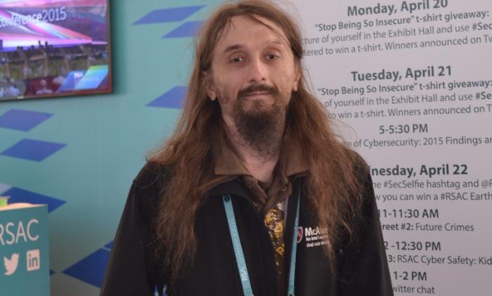 Российский хакер Касперски погиб после неудачного прыжка спарашютом