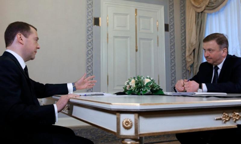 Премьер Медведев позвал белорусского коллегу для поиска