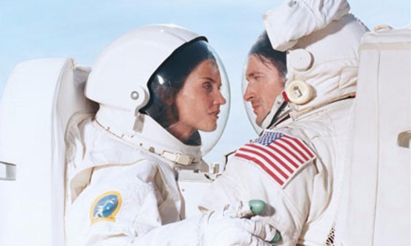 Эксперты NASA заявили о возможности занятий сексом в космосе и предупредили об опасностях