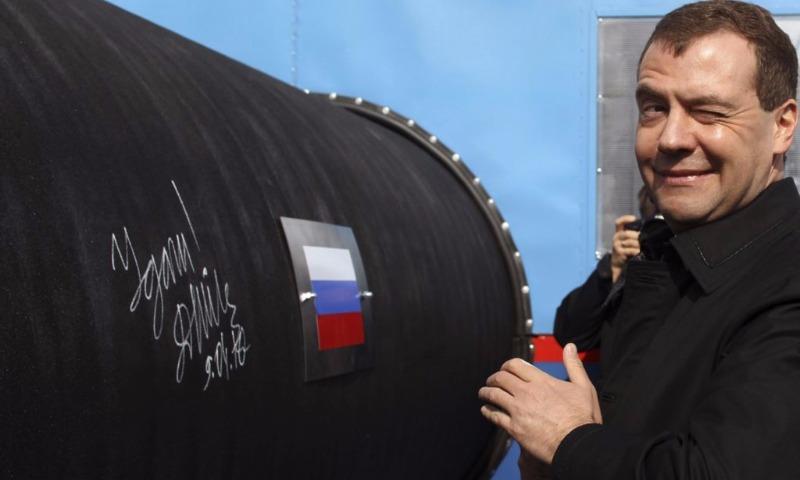 Медведев освоем выздоровлении: «Да яине болел»