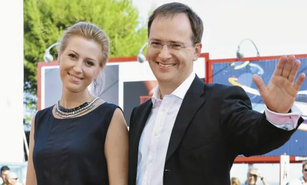 Министр культуры Владимир Мединский готовится в четвертый раз стать отцом