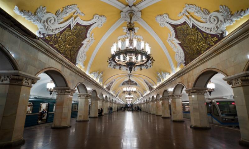 Известный профессор-медик попал под поезд в московском метро