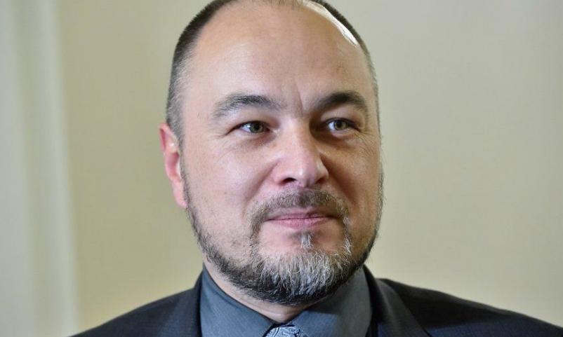Латвийский депутат решил ударить по экономике России отказом пользоваться лифтом