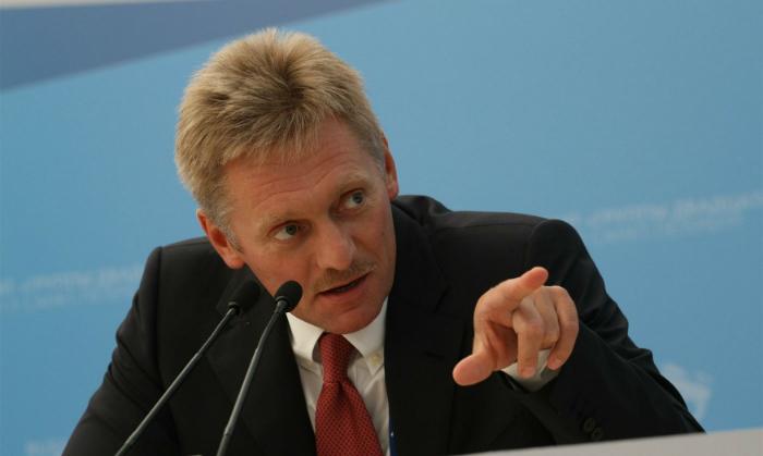 Песков обвинил американскую прессу в истерике, разрушающей отношения России и США