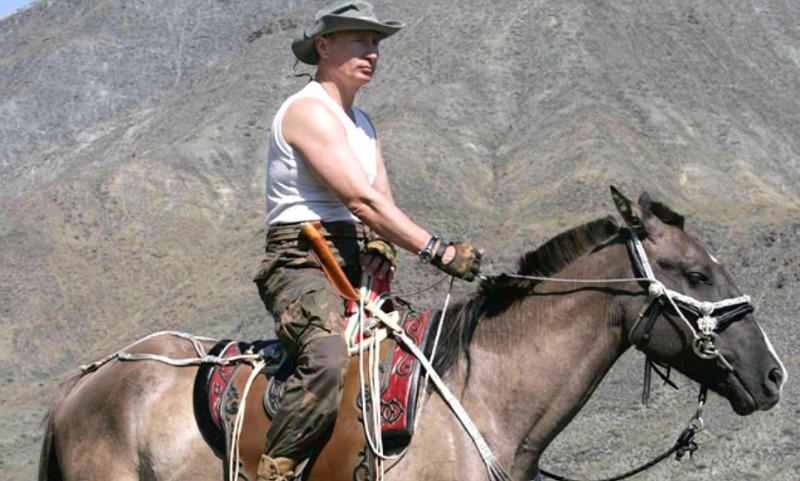 Путин с удовольствием следит за