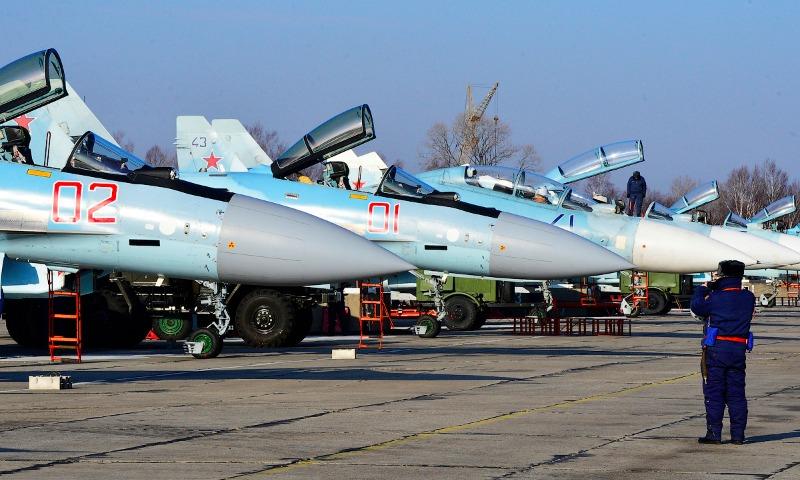 Российской армии пообещали получение в нынешнем году десяти новейших истребителей Су-35С