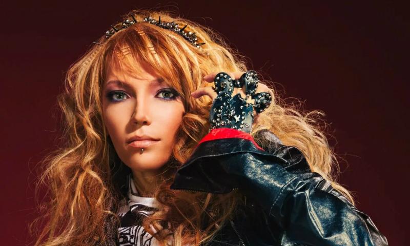 Прикованная к инвалидному креслу Юлия Самойлова представит Россию на «Евровидении» в Киеве
