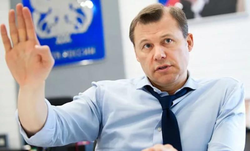 Против чиновницы Минкомсвязи возбудили уголовное дело из-за огромного вознаграждения главы «Почты России»