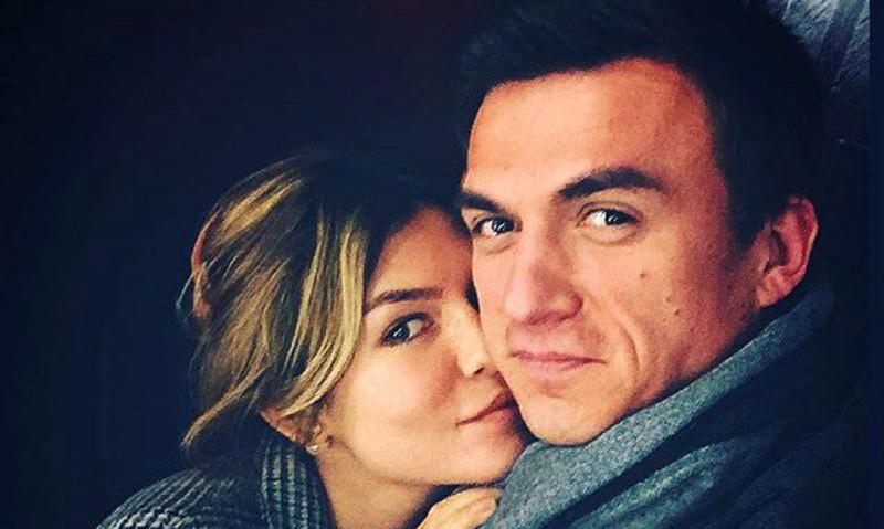 «Достало»: Влад Топалов снял клип о расставании с гламурной женой