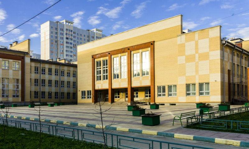 Почти 30 школьников пострадали от распыления газа в подмосковном Подольске