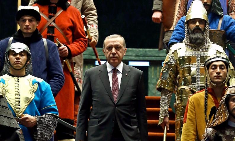 57% граждан Турции согласились сделать Эрдогана