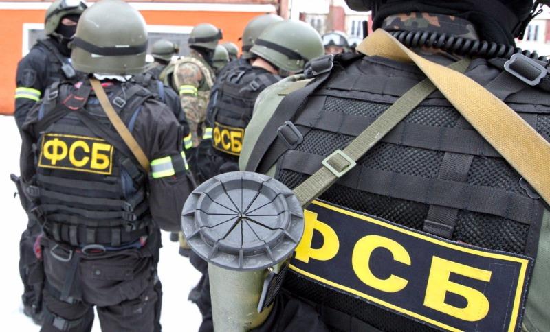 Сотрудники ФСБ уничтожили оказавших при задержании сопротивление двух вербовщиков в ИГИЛ