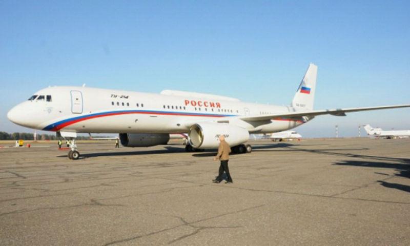 Самолет с членами правительства России попал в аварийную ситуацию в Омске