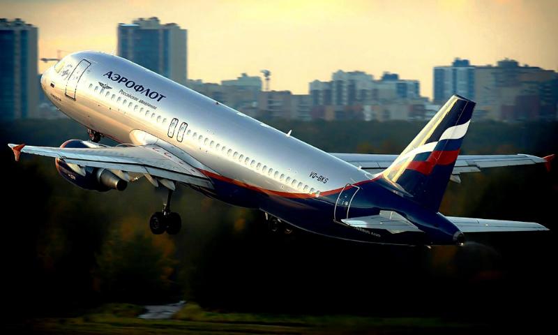 Компании «Аэрофлот» и «Россия» вызвались бесплатно перевозить родственников погибших при теракте в питерском метро