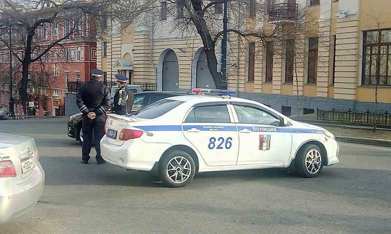 При нападении наприемную ФСБ вХабаровске был ранен кыргызстанец