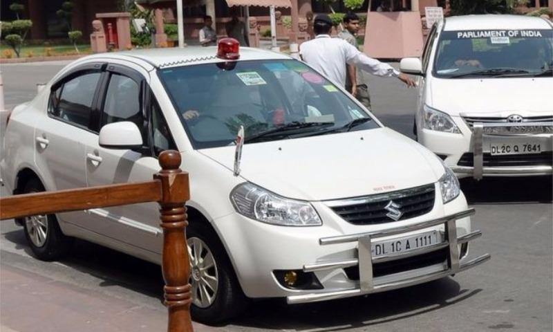 Депутатам  вИндии запретили использовать спецсигналы наавтомобилях