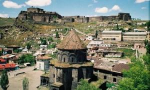 Гроб с останками генерала российской армии обнаружили строители на востоке Турции