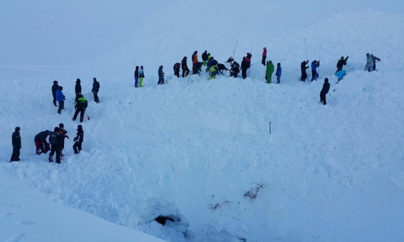 Лавина унесла жизни чемпиона «Газпрома» по горным лыжам и его 9-летнего сына на Камчатке