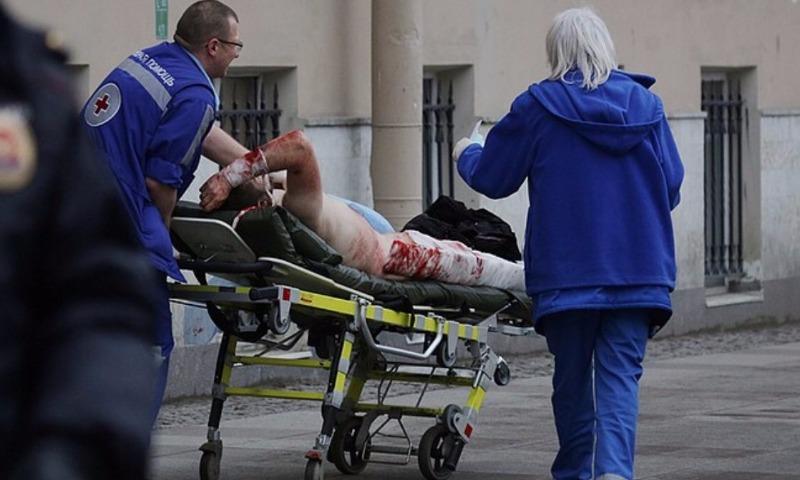 Количество жертв чудовищного теракта в метро Санкт-Петербурга возросло до пятнадцати