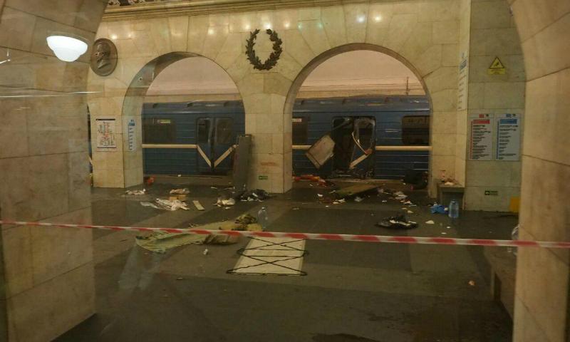 Семьям погибших при теракте в питерском метро выплатят по миллиону рублей из бюджета города