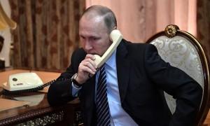 Путин регулярно контактирует с главами других государств, в том числе и с Порошенко, - Песков