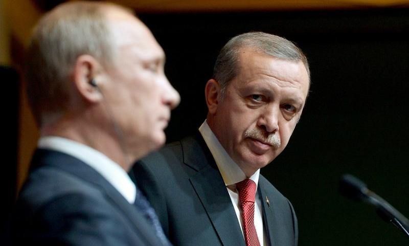 Греческий митрополит предложил Эрдогану стать крестником Путина