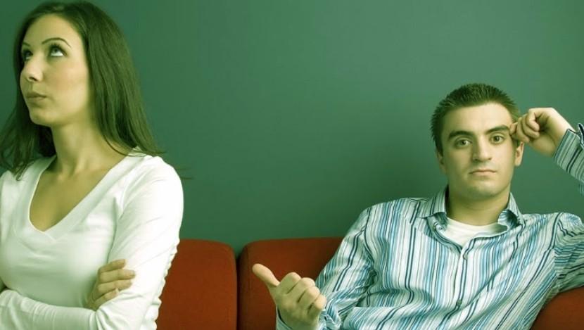 Суд потребовал от мужчины предоставить доказательства отсутствия любви к жене для развода