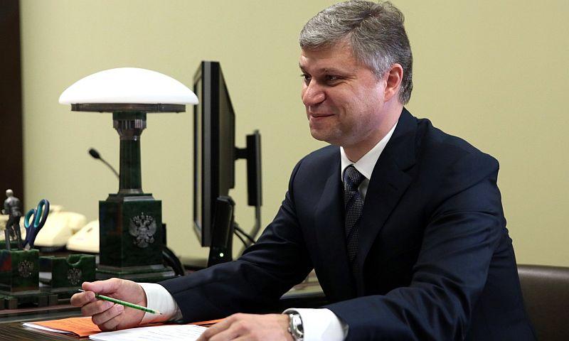 Президент РЖД Олег Белозеров втечении следующего года удвоил собственный заработок