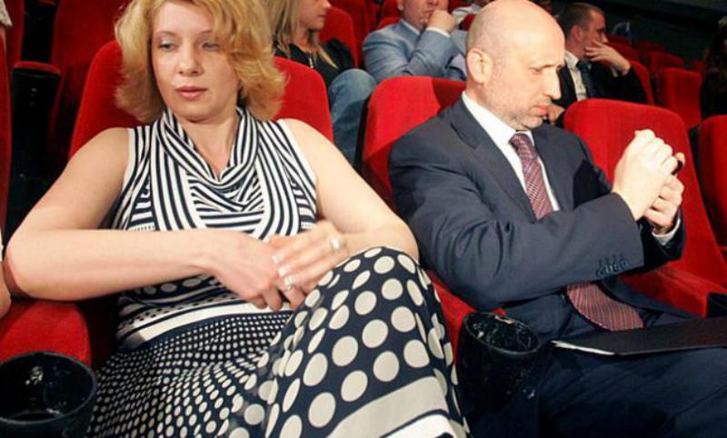 Журналисты узнали о шпионаже Турчинова в пользу Германии из-за болезни жены