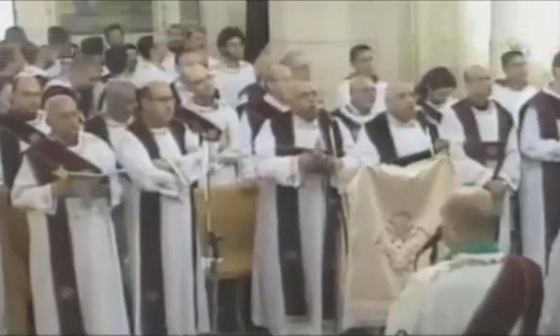 Опубликовано видео момента взрыва в христианском храме Святого Георгия в городе Танта в Египте