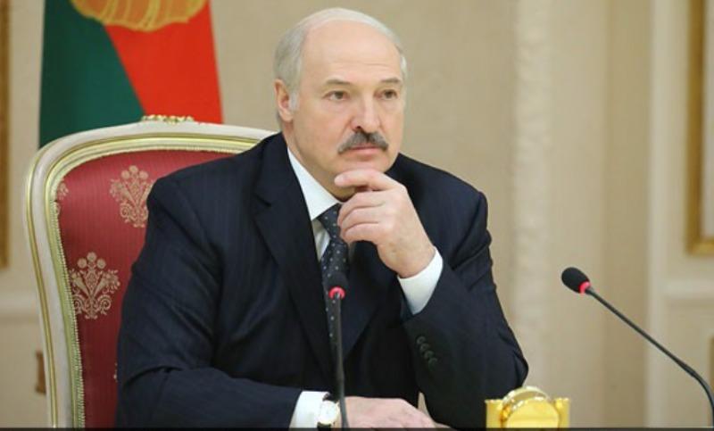 """""""Не надо вякать"""": Лукашенко заявил, что белорусы – не нахлебники и живут лучше россиян - Блокнот Россия"""