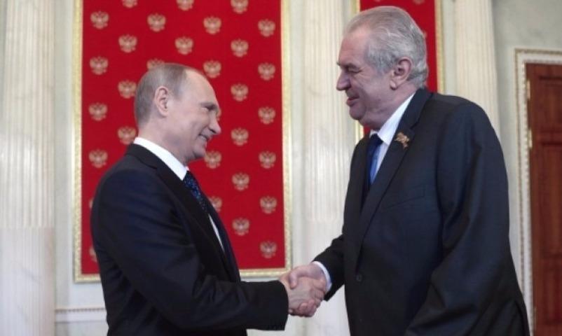 Президент Чехии Земан предложил Путину ликвидировать журналистов