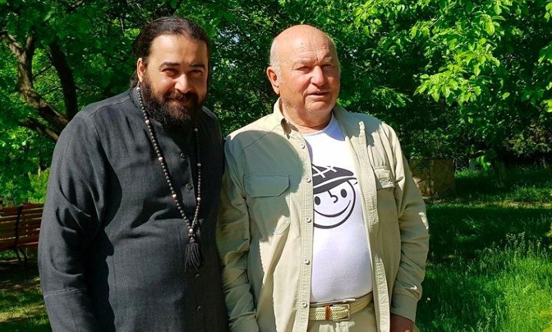 Лужкову запретили посещать Грузию из-за слов «забудьте про Абхазию и Южную Осетию, им лучше без вас»