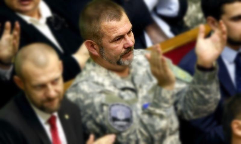 Хочется взять пулемет и положить всю эту сволочь с георгиевскими лентами, - депутат Рады Береза