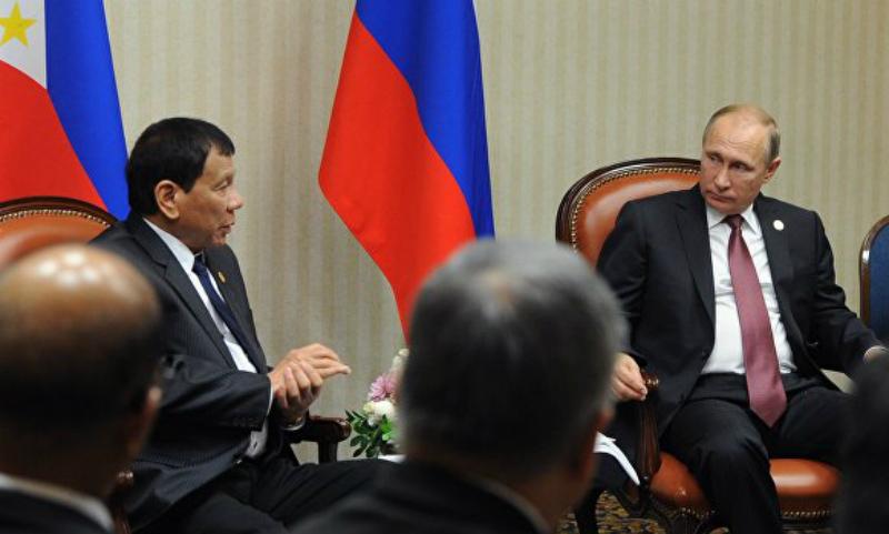 Дутерте попросил у Путина современное оружие для борьбы с ИГИЛ