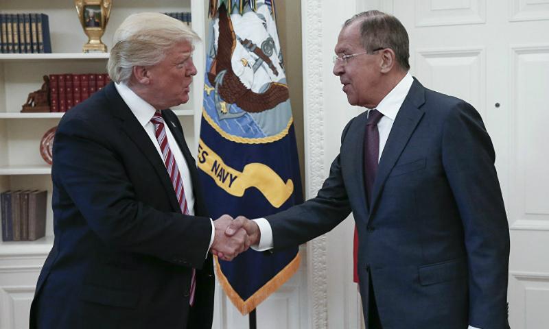 «Абсурд и бредовые обвинения»: снимавший встречу Лаврова и Трампа фотокор обратился к американским журналистам